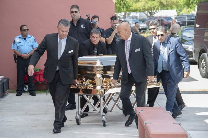Hundreds Mourn Iconic Mexican Crooner Jose Jose at Miami Wake