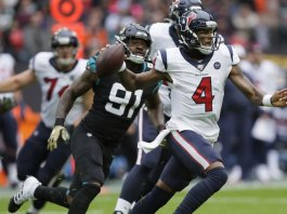 Watson on Point as Texans Top Jags 26-3