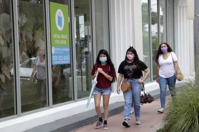 Florida shatters daily record for new virus cases - again