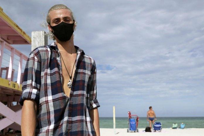 Planning for summer beach days? Docs share virus safety tips