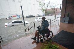 Rescuers reach people cut off by Gulf Coast hurricane