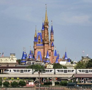 Disney World lays off 720 performers because of pandemic