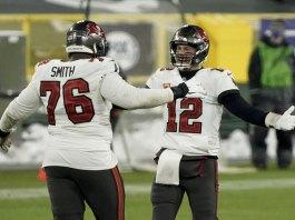 Road warriors: Bucs win 31-26 at Green Bay, reach Super Bowl