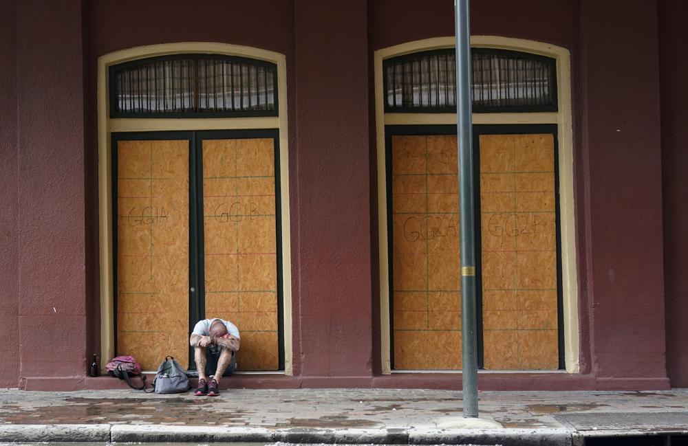 Powerful Hurricane Ida closing in on Louisiana landfall