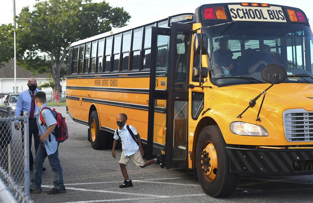 Task force recommends face masks for Miami-Dade students