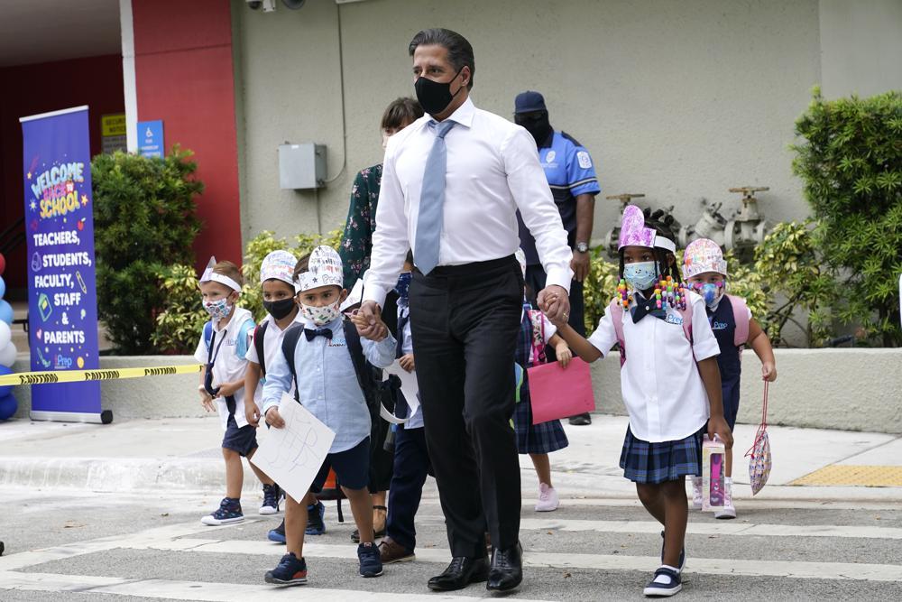 Court: DeSantis ban on school mask mandates back in force