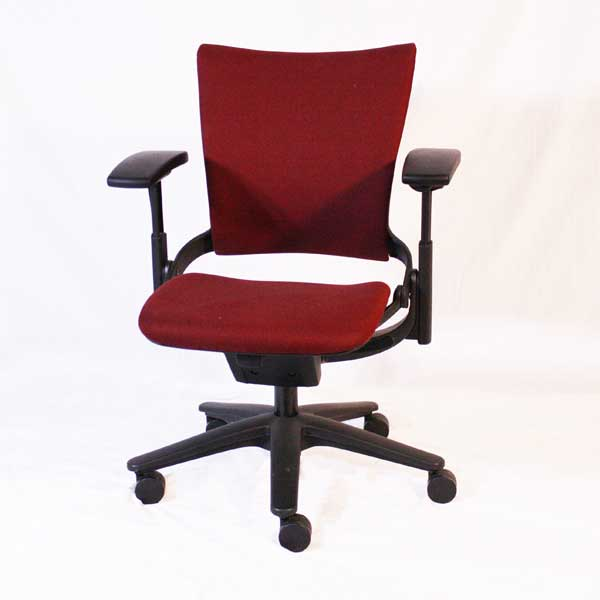 steelcase chair dining covers green burgundy task near you orlando office chairs florida