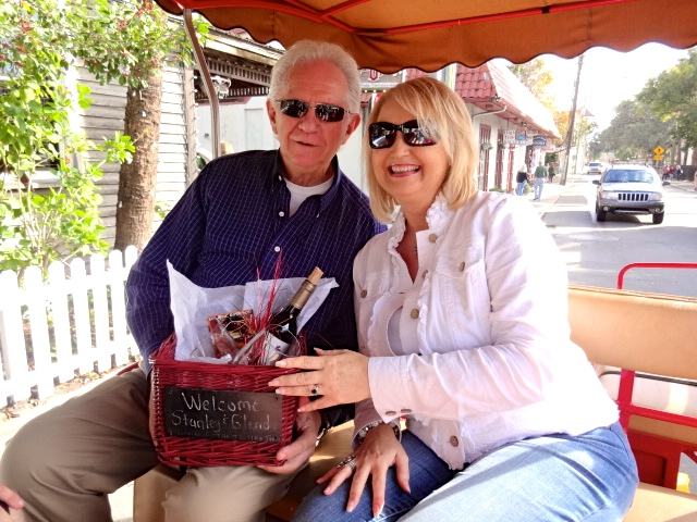 Vittles and Vino VIP Carriage Tour in St Augustine