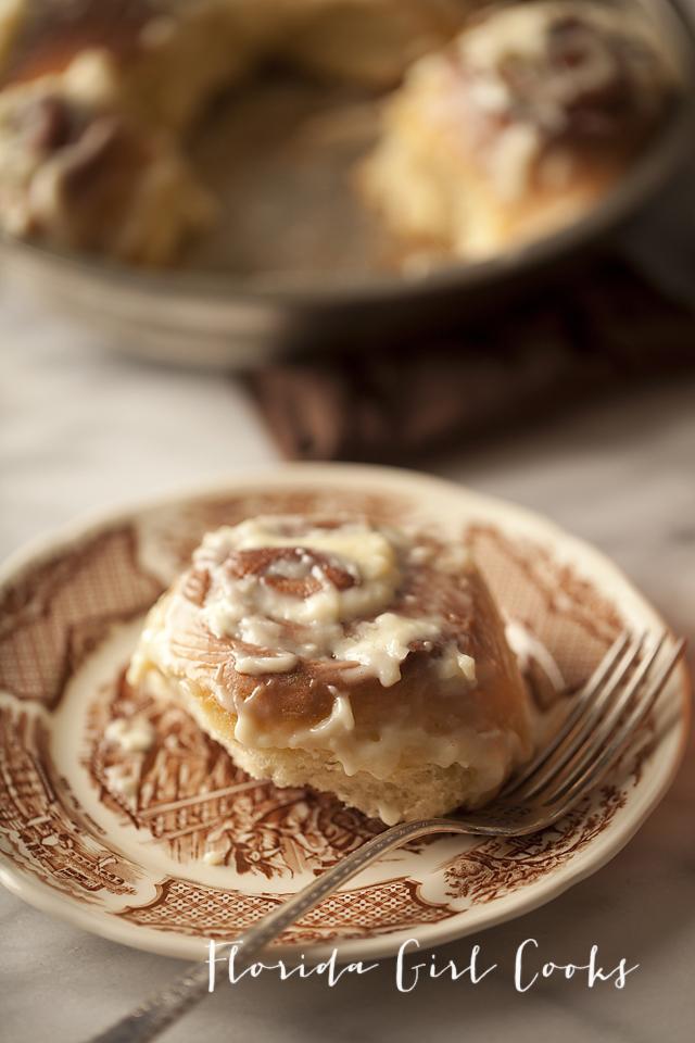 cinnamon rolls, cinnamon buns, dessert, breakfast, sweet treat, baking, homemade
