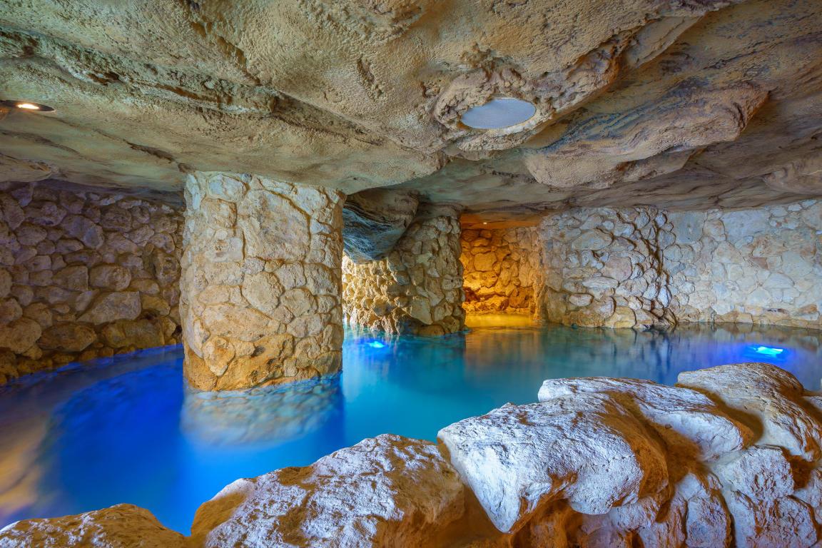 Florida Keys Homes Dream Mansion With Sensational Grotto