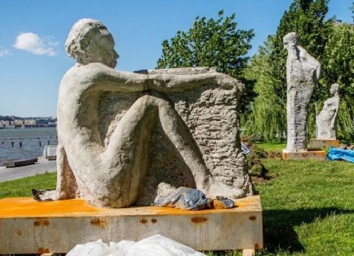 Islamorada Considers RoadSide Sculptures
