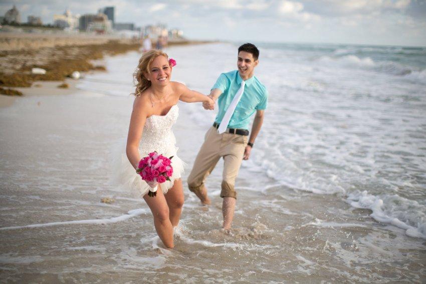 hochzeit-am-strand-von-florida-in-deutscher-sprache-a1-032 Tom's Miami Beach Elopement