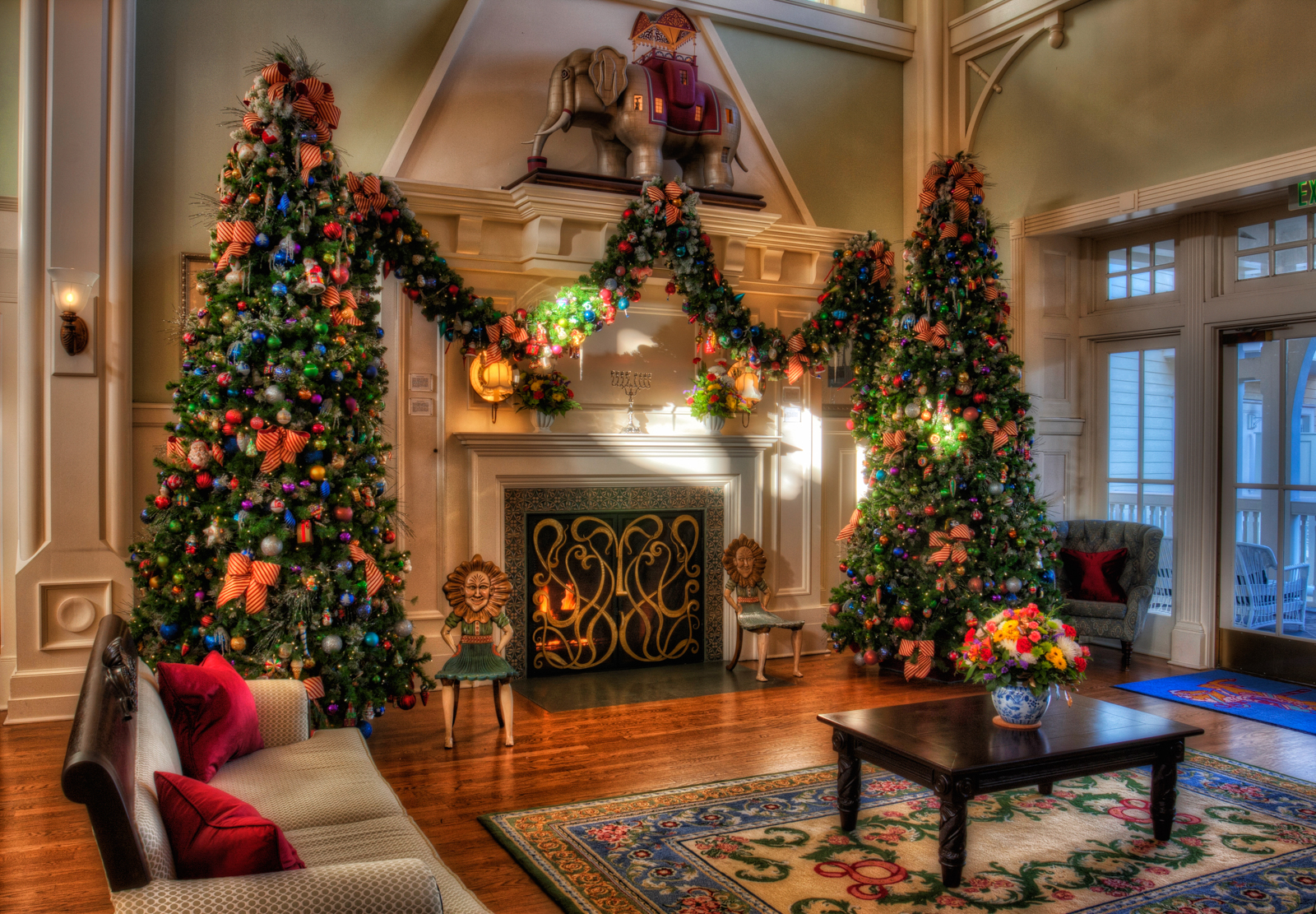 Disney Christmas Decorations  Matthew Paulson Photography