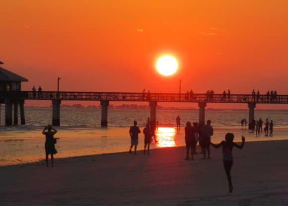 Fort Myers Beach and its popular fishing pier. (Photo: Bonnie Gross)