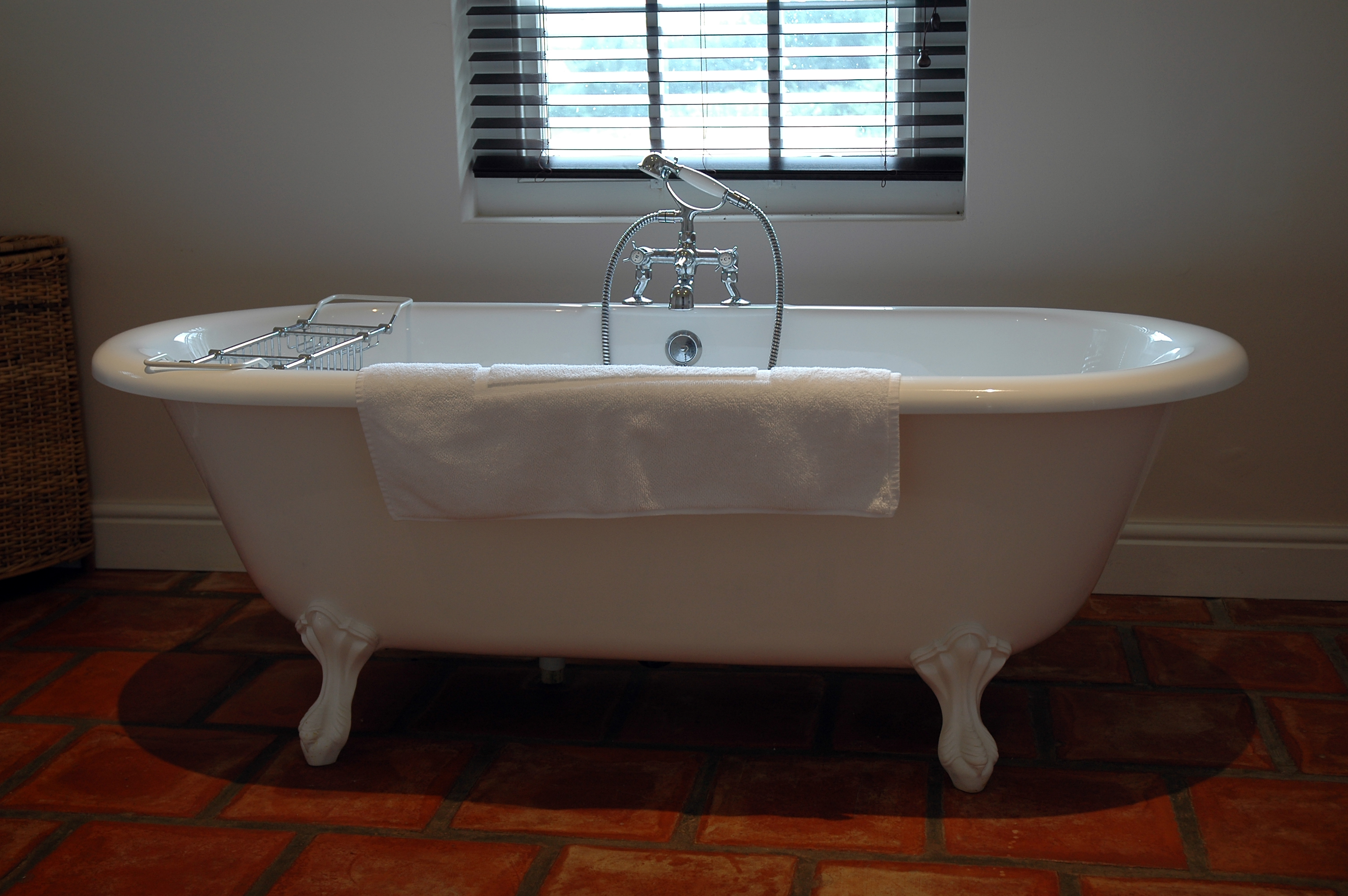 FAQ - Florida Bathtub Refinishing