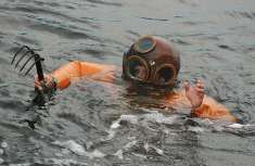 Sponge Diver at Tarpon Springs