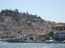 Ambarcatiuni port Poros