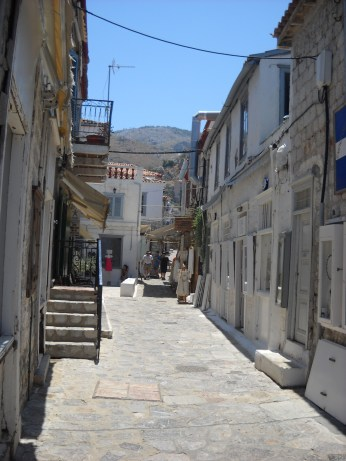 Hydra streets