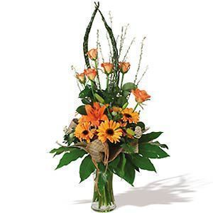 ramo-de-rosas-y-gerberas-en-tonalidades-naranjas