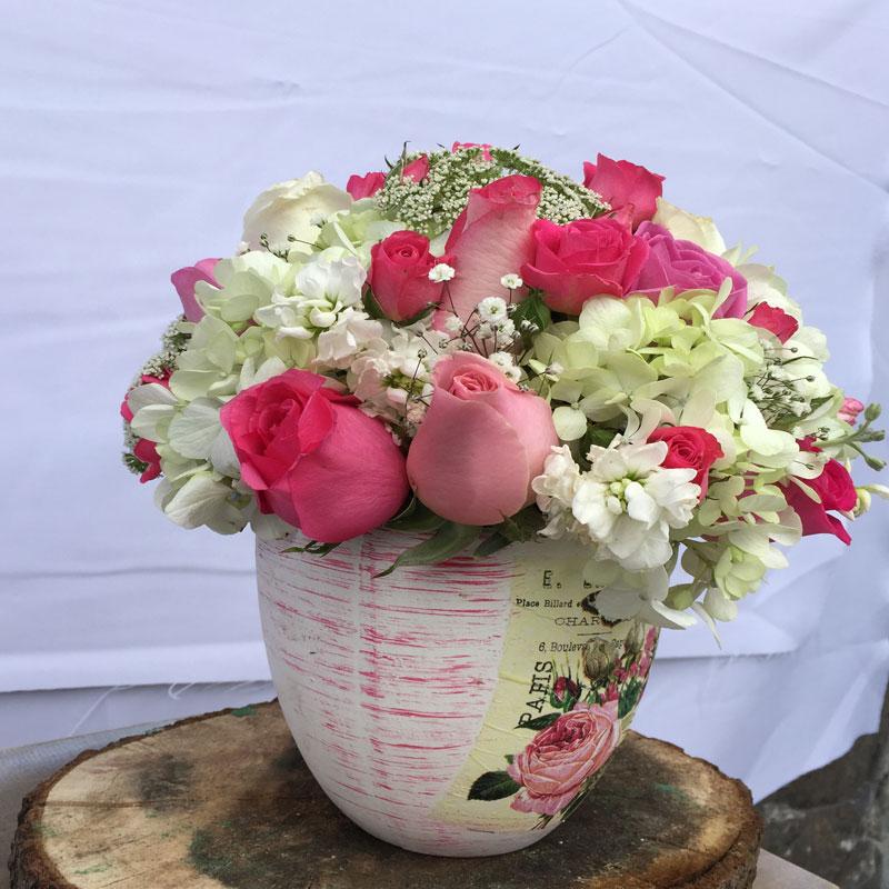 Jarrón de flores de París con amor para Arreglos florales Tijuana - Florerias en Tijuana