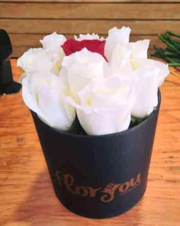 Caja de rosas blancas para Arreglos florales Tijuana - Florerias en Tijuana