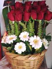 Canasta de rosas para Arreglos florales Tijuana - Florerias en Tijuana