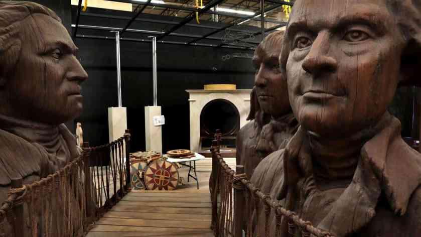 Statue displays at Alexander Hamilton Exhibition