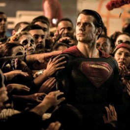 batman-vs-superman-ew-pics-1-615x409