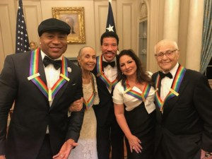 Gloria Estefan, LL Cool J & Others Awarded at Kennedy Center Honors – Pics Here!