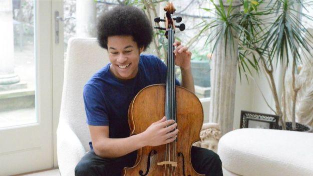 Teenage Cellist Sheku Kanneh-Mason Wows at Royal Wedding – Details Here!