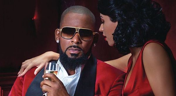 R. Kelly's Former Manager Reportedly Surrenders to Police