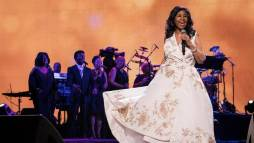 The Legendary Queen of Soul Aretha Franklin Remembered – Details + Music Here!