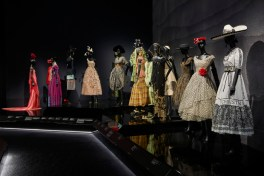 Christian-Dior-Designer-Dreams-Exhibition-1