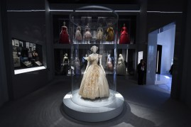 Christian-Dior-Designer-Dreams-Exhibition-20
