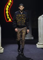 Moschino-Fall-2019-Menswear-Collection10