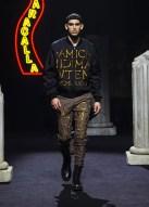 Moschino-Fall-2019-Menswear-Collection10