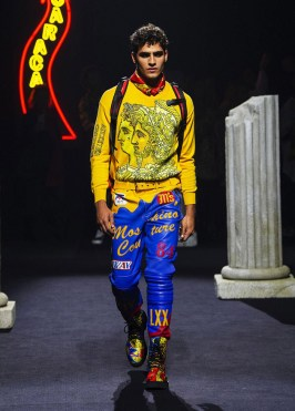 Moschino-Fall-2019-Menswear-Collection6