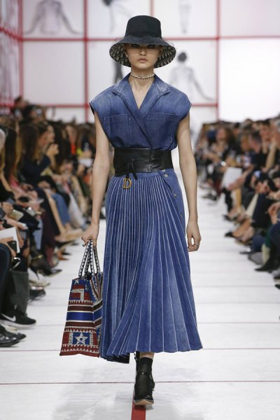 Christian-Dior-Fall-2019-Collection-Paris-Fashion-Week (13)