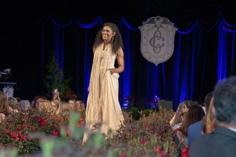 Nicole C. Mullen performs at 107th Annual First Lady's Luncheon