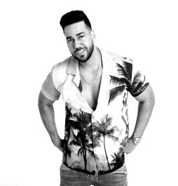 Romeo Santos Set To Make History At MetLife Stadium