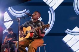 Daniel Caesar Performs Live in London As Part of Apple Music's Up Next Live (3)