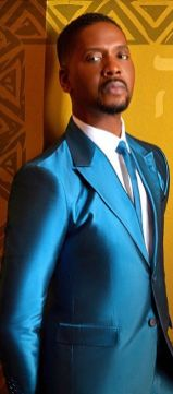 Donald Lawrence-Pic-Blue suit-Photo credit DeWayne Rogers