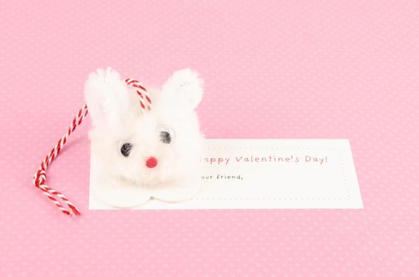 Pompom Pet Valentine Bunny