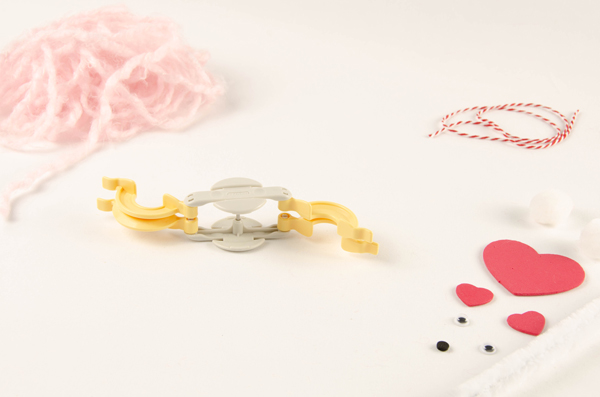 Supplies needed to make Pompom Pet Valentines