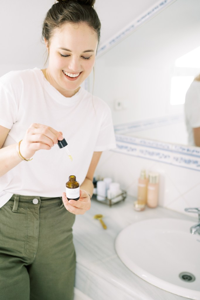 How_to_Sync_Your_Skincare_Routine_to_Your_Cycle_Flourish_Caroline_Potter_NTP