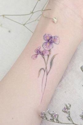 Small Iris Flower Tattoo : small, flower, tattoo, Purple, Flower, Tattoo, Designs, Meaning, Ideas