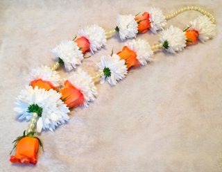 Fresh Orange and White Garland 3 by Flower Busy