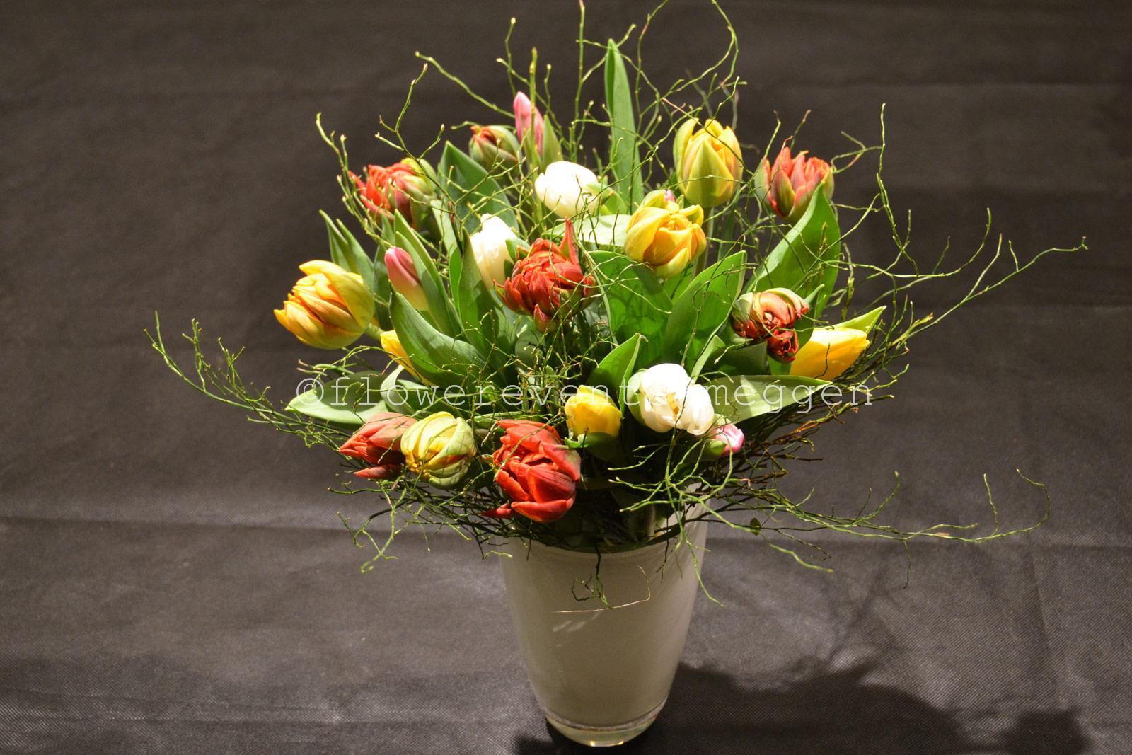 Tulpen als Spekulationsobjekt des Mittelalters  Blumen