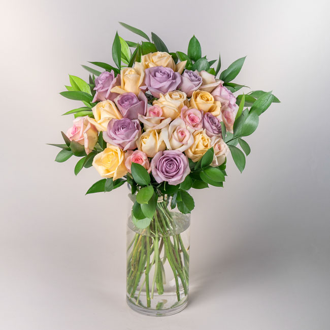 Bouquet of fresh pastel roses by Flowerist | Auckland Delivery