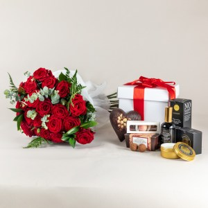 24 red roses with ultimate gift set